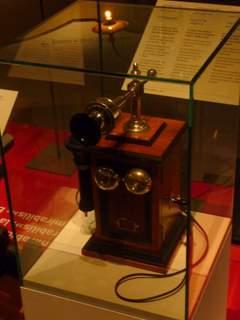 1900's telephone